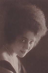 Lina Millefleurs