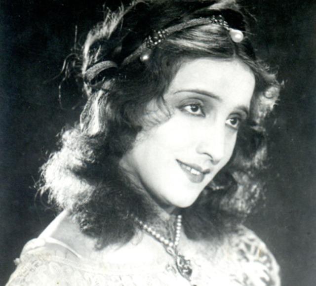 Beatrice Cenci (Maria Jacobini)