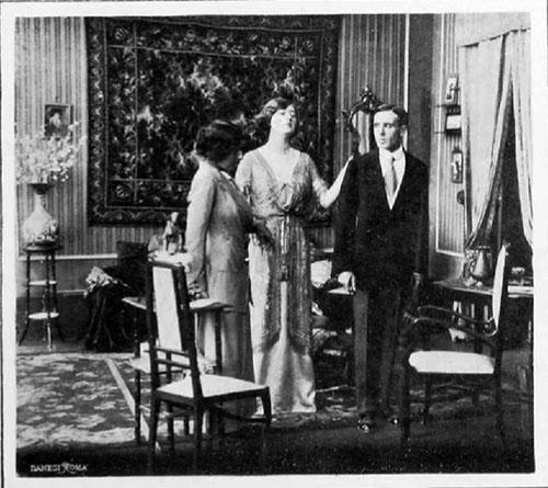 Una scena di Altruismo (1912), al centro Hesperia.