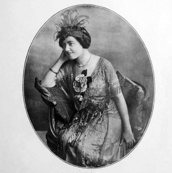 Hesperia (Olga Mambelli) nel 1912
