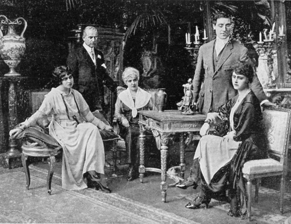Una scena del film I Cancelli della Morte (Victoria Film, Roma 1919)