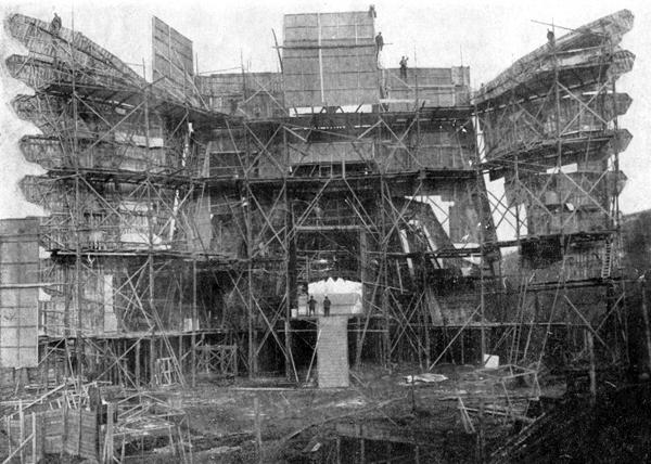 Tempio del film Cabiria in costruzione