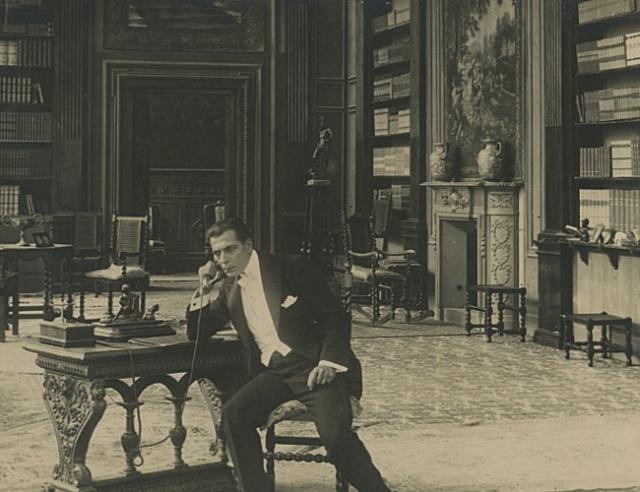 Petrovich (Amleto Novelli) in La Piovra (1919)