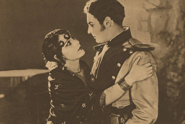 Raquel Meller (Carmen) et Louis Lerch (Don José)