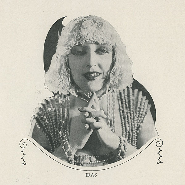 Iras (Carmel Myers) in Ben-Hur di Fred Niblo